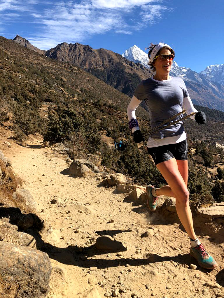 Running between Namche and Thame.jpg